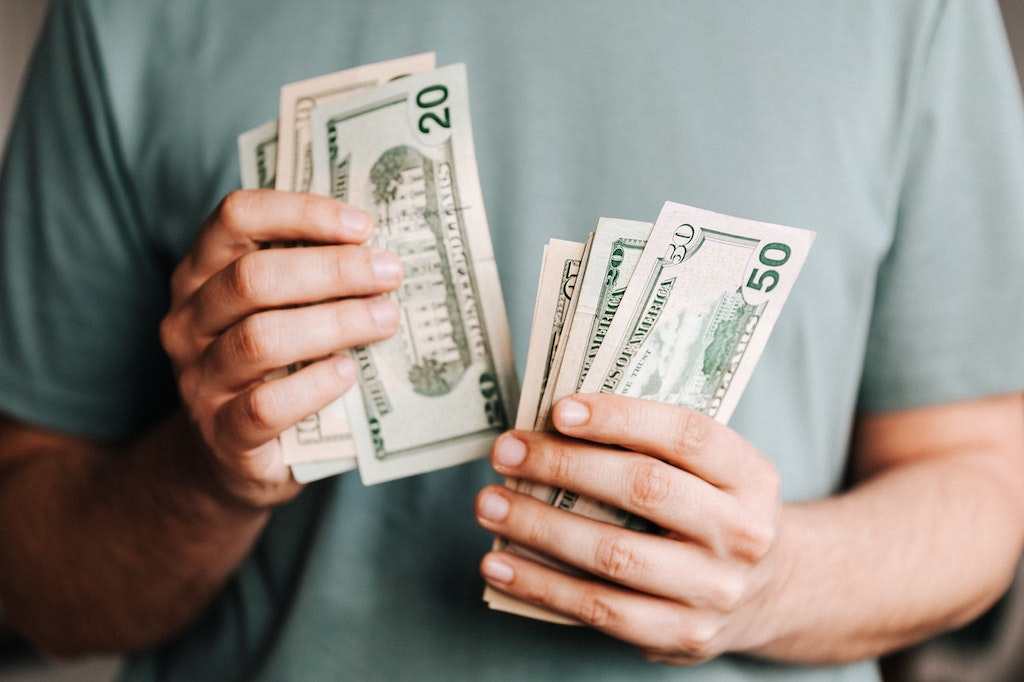 3 Ways to Save Money on a Tight Budget